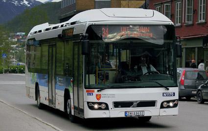 Kortar plågan. Nobina och Troms Fylkestrafikk i Norge har enats om att huvudmannen inte ska utnyttja hela sin option på förlängt avtal med Nobina.