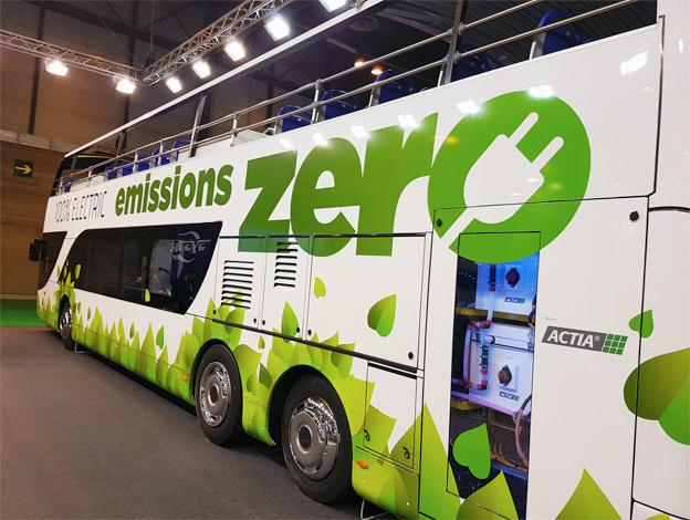 Den spanska busstillverkaren Ayats introducerar en batteridriv en sightseeingbuss. Foto: Ayats.