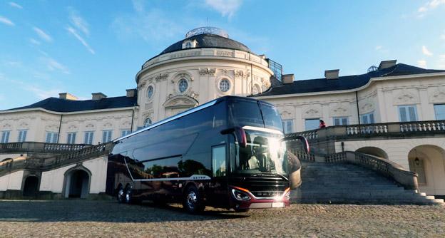 Ståndsmässig miljö för ståndsmässig buss – nya Setra S531 DT. Foto: Ulo Maasing.
