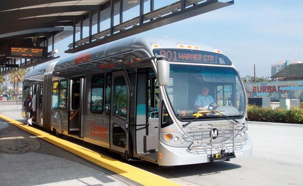 BRT-linjen Orange Line är först ut när Los Angeles satsar på att alla drygt 2300 bussar i lokaltrafiken ska bli emissionsfria. Foto: