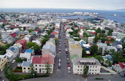 Reykjavik satsar på BRT för att minska bilismen. Foto: Yelkroyade/Wikimedia Commons.