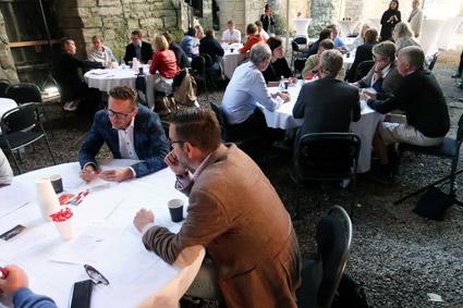 Ett femtiotal personer från kollektivtrafikbranschen och forskare deltog i Transdevs workshop i Almedalen. Foto: Ulo Maasing.