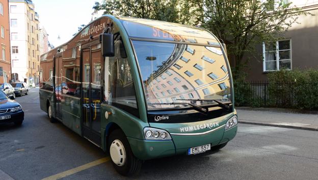 Sedan flera år finansierar fastighetsbolaget Humlegården en elbusslinje i Stockholm och Solna. Foto: Ulo Maasing.
