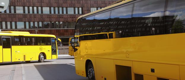 En stor majoritet av flickor som går på högstadiet eller gymnasiet känner sig otrygga på bussar och tåg. Foto: Ulo Maasing.