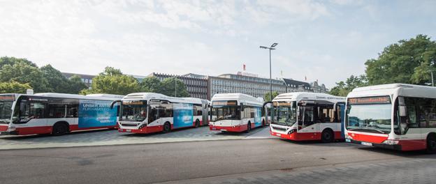 Under flera år har Hamburg testat olika lösningar av elektrifierad busstrafik på en särskild busslinje i staden, innovationslinje 109. Nu är det sluttestat, nu sätter man igång med omstälningen av storstadens bussflotta till elbussar.