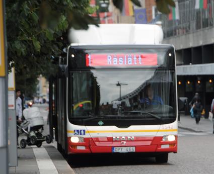 En planerad satsning på kapacitetsstark busstrafik i Jönköping blir inte av – ia alla fall inte tills vidare. Foto: Ulo Maasing.