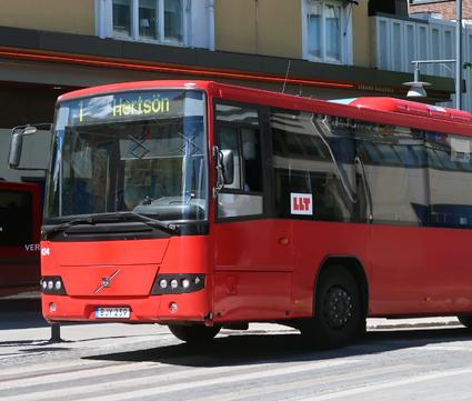 Luleå Lokaltrafik hotas av viten därför att man kör med för kalla bussar. Foto: Ulo Maasing.