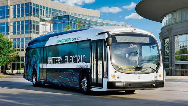 Världsrekordbuss. Elbussen Proterra Catalyst E2 max har klarat att köra 1773 kilometer på en laddning. Bild: Proterra.