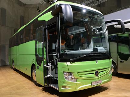Nya Mercedes-Benz Tourismo kommer liksom Setras nya dubbeldäckare att för första gången visas för en bredare publik. Foto: Ulo Maasing.