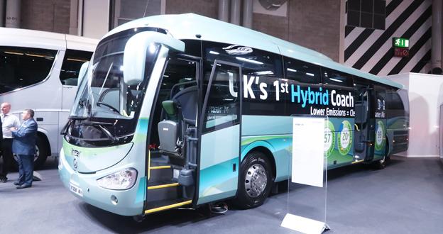 Irizar hade den största montern på mässan och visade bland annat sin hybridbuss för förorts- och regionaltrafik, i4h. Foto: Ulo Maasing.