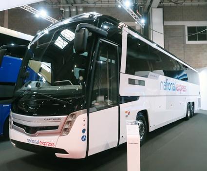Portugisiska Caetano är stora i Storbritannien med sina expressbussar och på mässan premiärvisade man sin nya Levante III. Foto: Ulo Maasing.