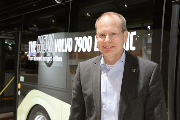 Håkan Agnevall, vd för Volvoi Bussar: Nya Volvo 7900 Electric ger operatörerna mycket stor flexibilitet med sina båda laddtekniker. Foto: Ulo Maasing.