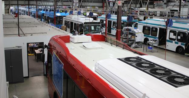 BYD:s bussfabrik i Kalifornien är Nordamerikas största elbussfabrik. Foto: BYD.