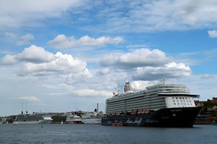Antalet kryssningspassagerare i Stockholms hamnar slår nytt rekord i år. Foto: Ulo Maasing.