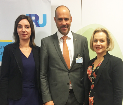 Sveriges Bussföretags branschchef Anna Grönlund, till höger, har valts till ny vice ordförande i IRU:s passagerarkommitté. Sedan tidigare är även Christine Leonard från den tyska bussbranschens organisation BDO vice ordförande, medan John Sales, Luxemburg har valts till ny ordfrande.