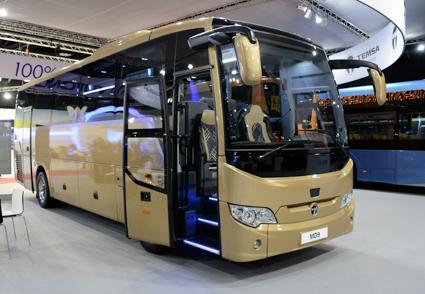 Temsa toppar nyregistreringarna av bussar i Sverige under oktober. Höär en Temsa MD9 i turistversion på årets Busworld i Kortrijk. Foto: Ulo Maasing.